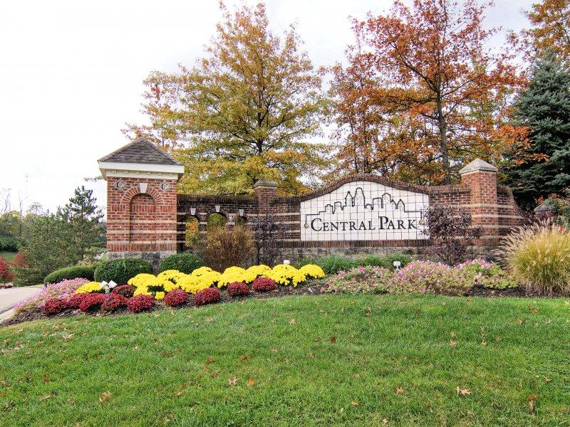 central-park-entrance