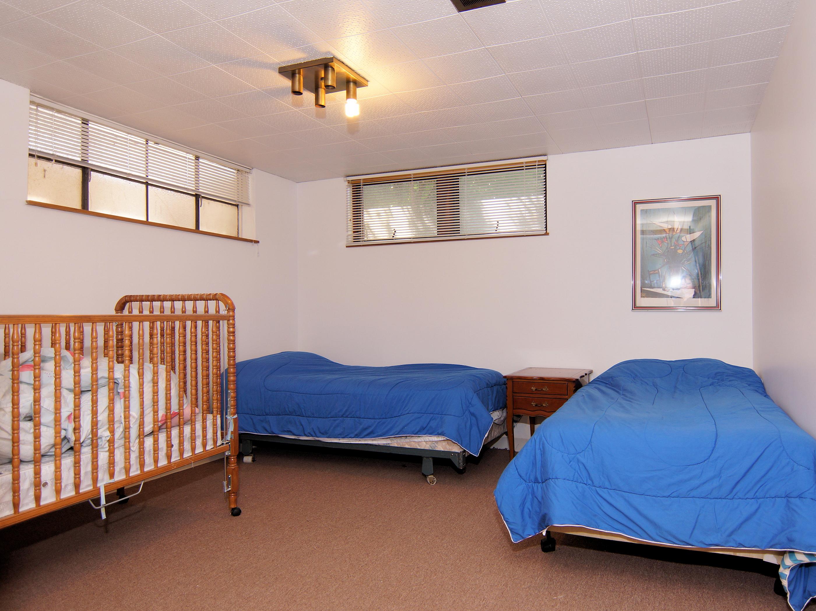 ll-bedroom-2