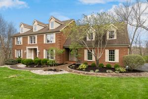 9253 Applecrest Ct. Cincinnati, OH Home For Sale